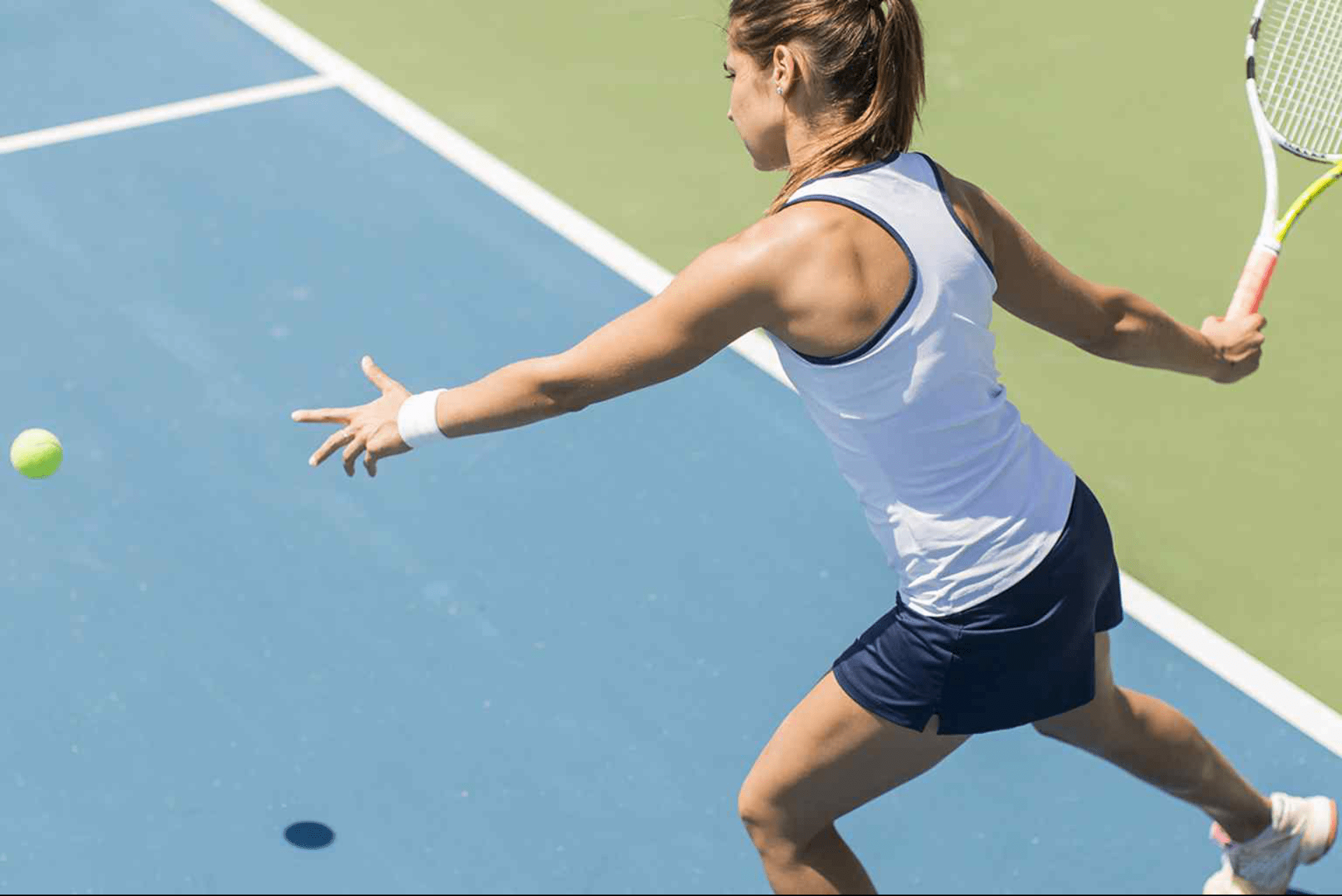 https://www.tennisexcellence.com.au/wp-content/uploads/2020/03/Programs_PrivateLessons-1-e1583320770149.png